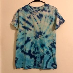 Tie-dye T-shirt (Men's Medium)